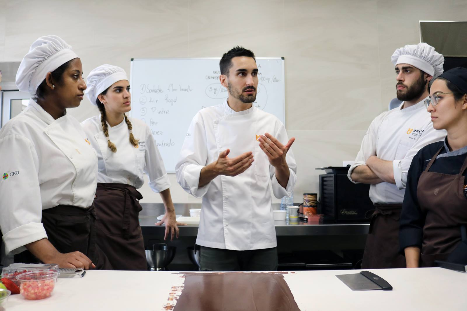 Yasmine el Mekati during a pastry lesson