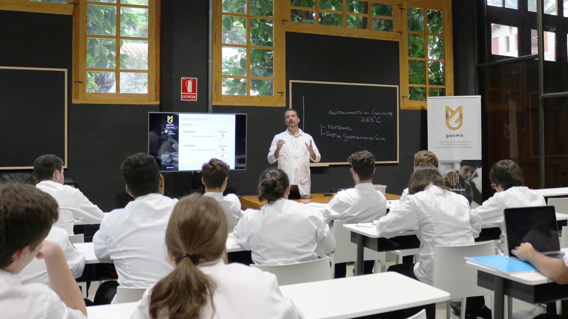 Alumnos de Grado en aula
